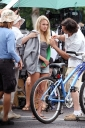 48757_Preppie__AnnaSophia_Robb_on_Soul_Surfer_set_in_Hawaii__Feb__2_2010_7108_122_1106lo.jpg