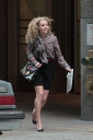 Preppie_AnnaSophia_Robb_on_The_Carrie_Diaries_in_New_York_City_5.jpg
