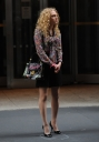 Preppie_AnnaSophia_Ronn_on_the_set_of_The_Carrie_Diaries_in_New_York_City_2.jpg