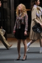 Preppie_AnnaSophia_Ronn_on_the_set_of_The_Carrie_Diaries_in_New_York_City_3.jpg