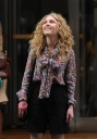 Preppie_AnnaSophia_Ronn_on_the_set_of_The_Carrie_Diaries_in_New_York_City_6.jpg