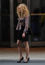 Preppie_AnnaSophia_Ronn_on_the_set_of_The_Carrie_Diaries_in_New_York_City_9.jpg