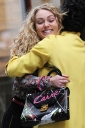 Preppie_Anna_Sophia_Robb_on_The_Carrie_Diaries_set_12.jpg