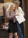 Preppie_Anna_Sophia_Robb_on_The_Carrie_Diaries_set_in_New_York_City_19.jpg