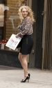 Preppie_Anna_Sophia_Robb_on_The_Carrie_Diaries_set_in_New_York_City_4.jpg