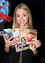 Tikipeter_AnnaSophia_Robb_Planet_Hollywood_1_009.jpg