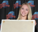 Tikipeter_AnnaSophia_Robb_visits_Planet_Hollywood_016.jpg