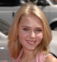 annasophia-robb-nancy-drew-world-premiere-20070609_30.jpg